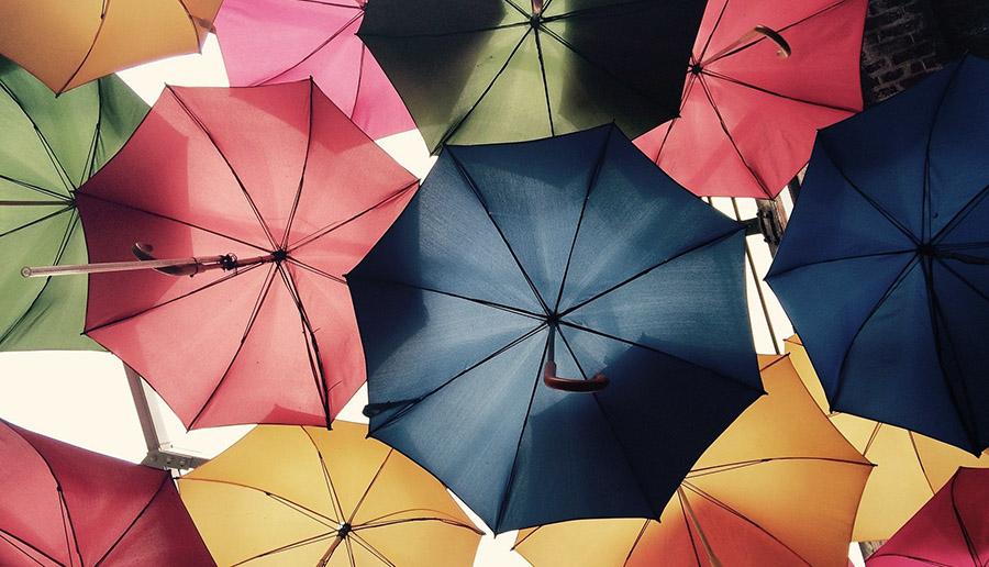 人気のメンズ男性用日傘をネットで購入!使ってみた感想とおすすめ