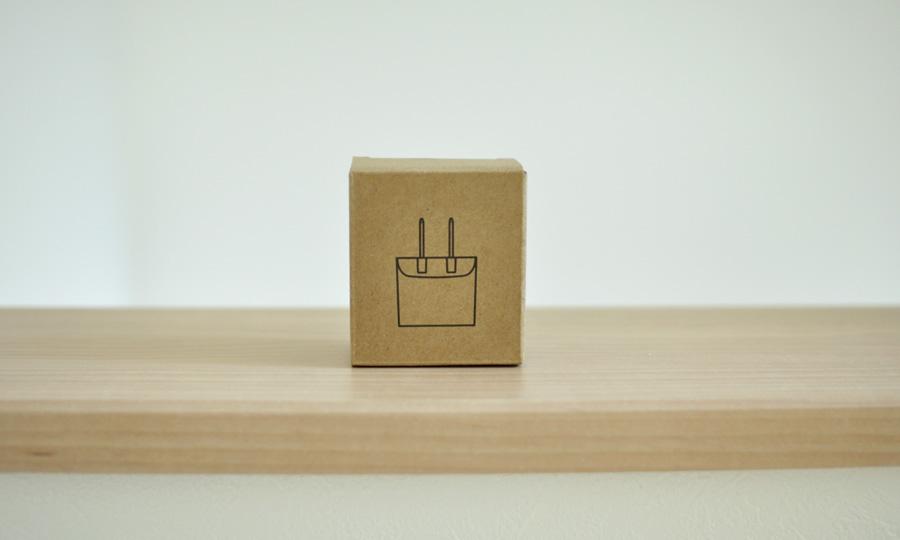 【無印良品】プラグがしまえる急速充電器(MJ-PA1)レビュー箱2