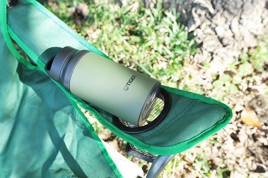 タイガー真空断熱カスタムボトル600mlアクティブモデルをキャンプに持っていった画像